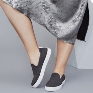 Rothy's the sneaker RETIRED steel grey slip on